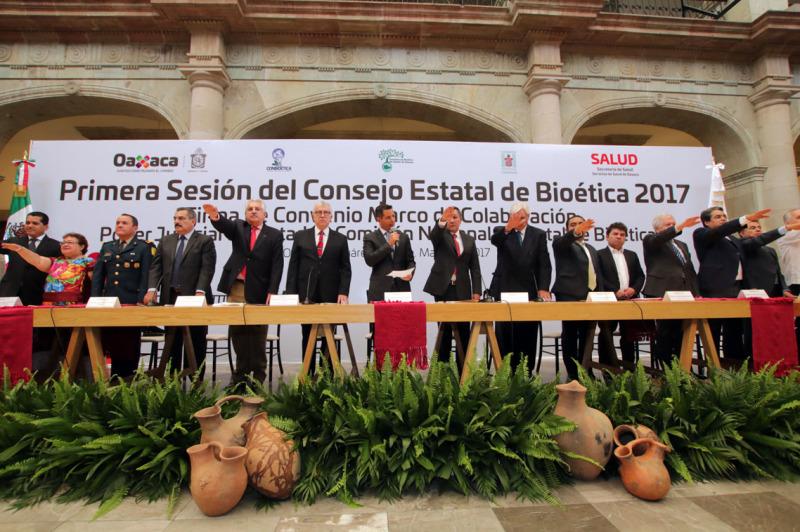 Atestiguó Murat instalación del Consejo de Bioética