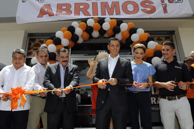 Celebra Fraguas apertura de nuevas empresas en la capital