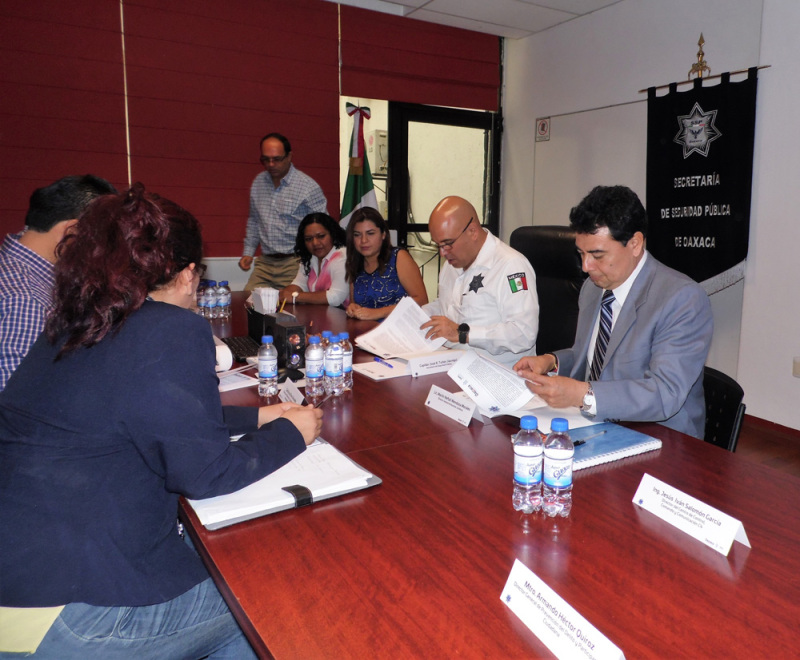 Firman convenio para instalar la primera Unidad Municipal de Reeducación para Hombres en el Estado