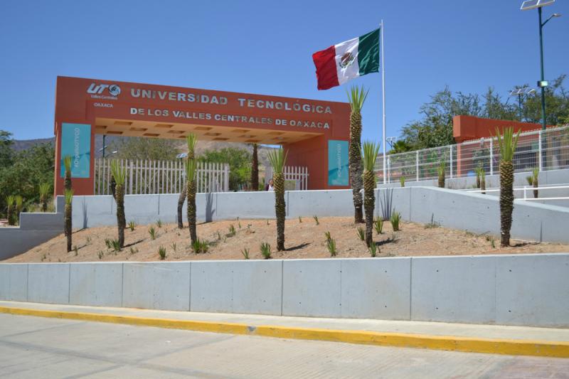 UTVCO educación que innova, inicia entrega de fichas de admisión para Técnico Superior Universitario