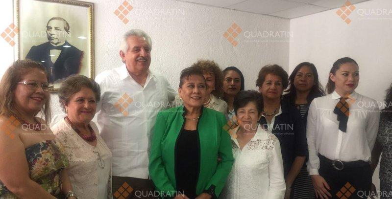 Escucha Raúl Bolaños a la Barra Oaxaqueña de Abogados
