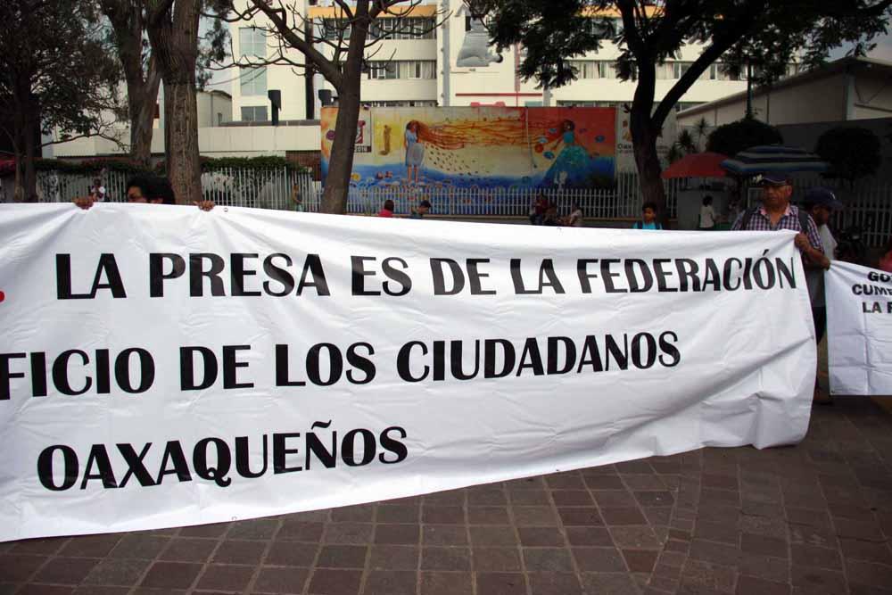 protesta_presarompepicos_3