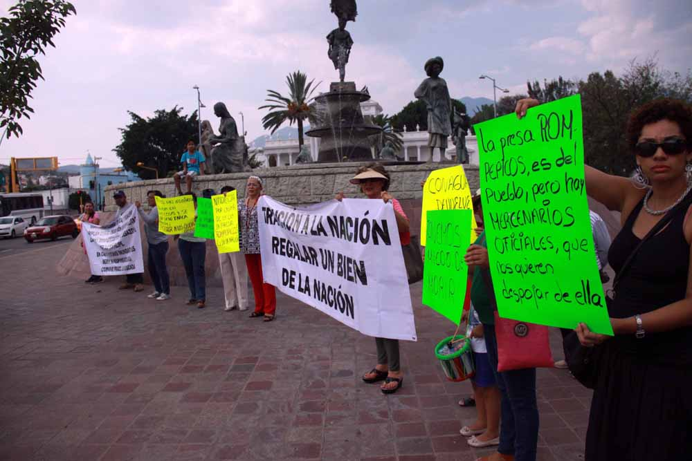 protesta_presarompepicos_5