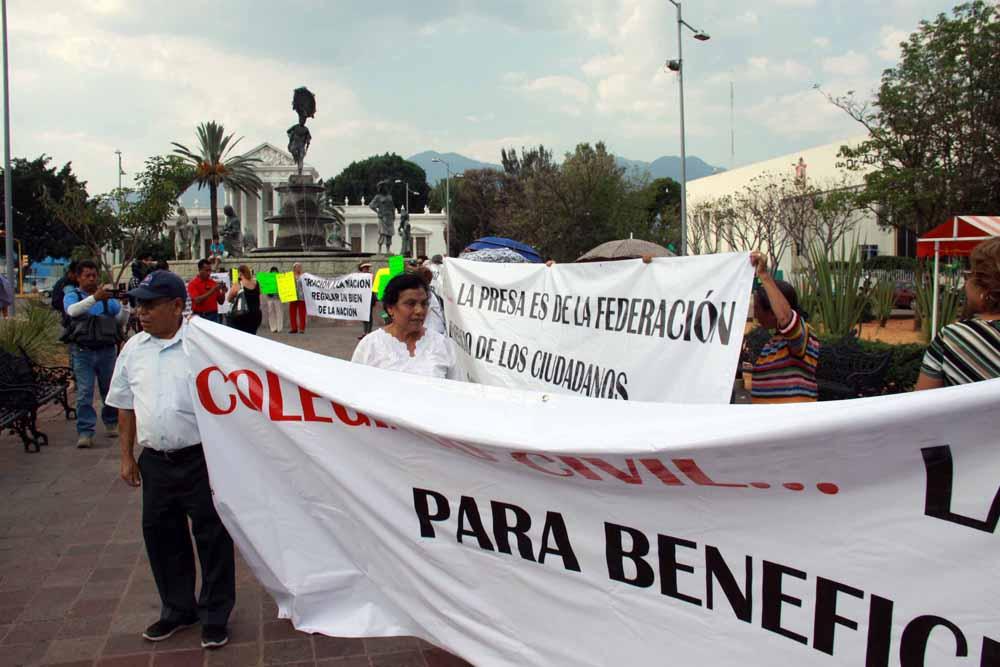 protesta_presarompepicos_7