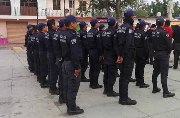 Municipales de san agust n encarcelan a mototaxista for Marca municipales