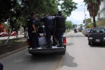 Dejó violento asalto un muerto, un herido y cinco personas detenidas