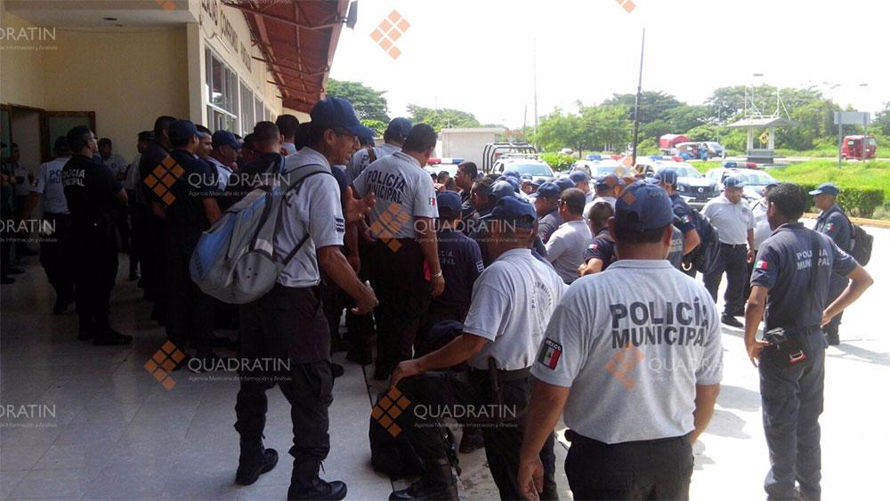 Contin a paro de polic as municipales en el istmo de for Marca municipales