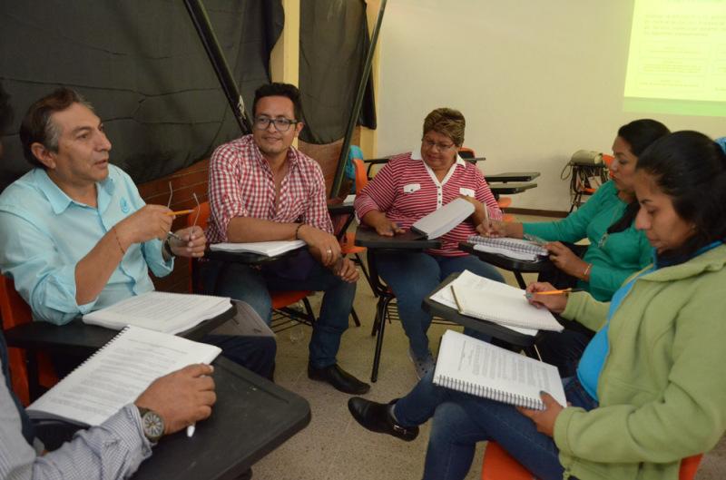 Ofrece COBAO actualización continua a su personal docente