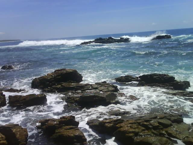 Continúa búsqueda de turista en Puerto Escondido
