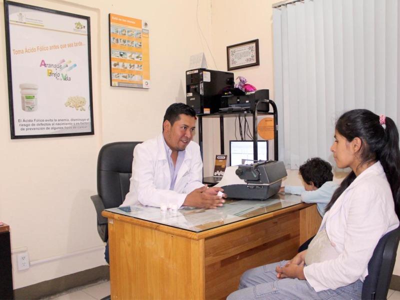 Distribuyen ácido fólico para prevenir malformaciones congénitas