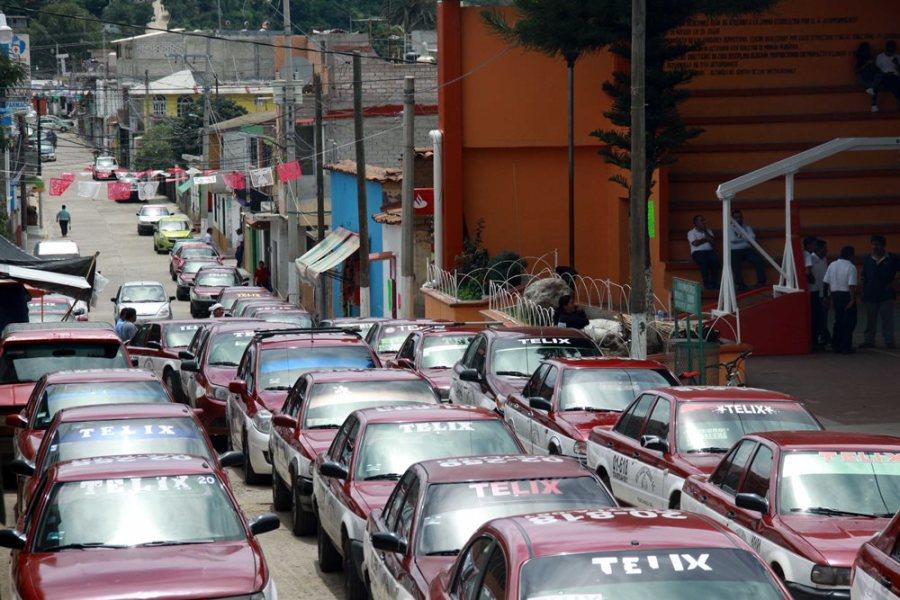 Paran labores transportistas de Telixtlahuaca