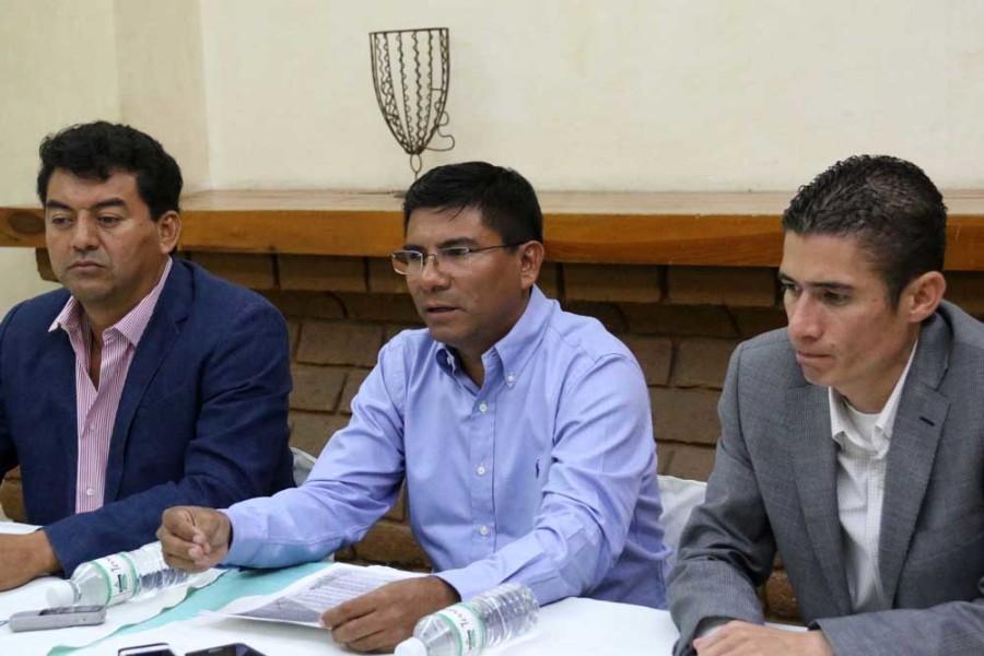 Acusan a síndica de Ojitlán de querer desestabilizar su municipio