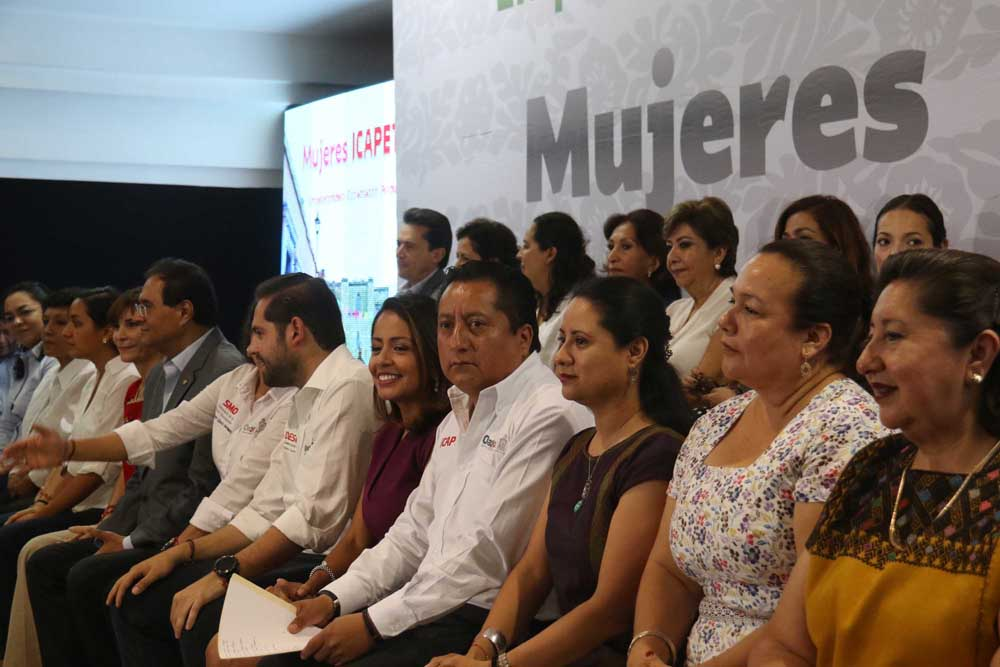 150817-MUJERES ICAPET-LAC-12