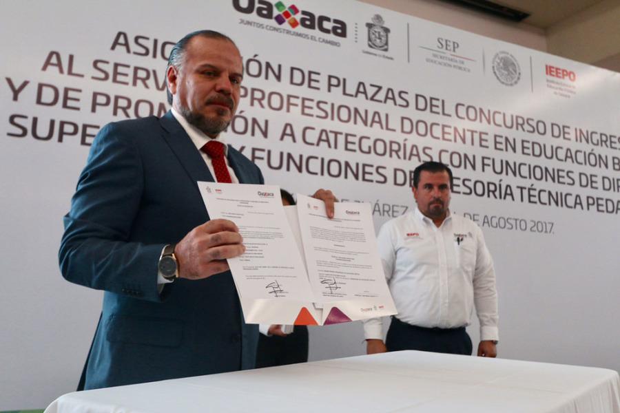 Asign el ieepo 366 plazas de docentes de nuevo ingreso for Plazas docentes 2017