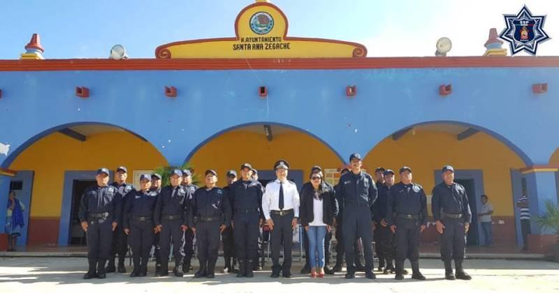 Capacitan a policías municipales de Santa Ana Zegache en materia de vialidad