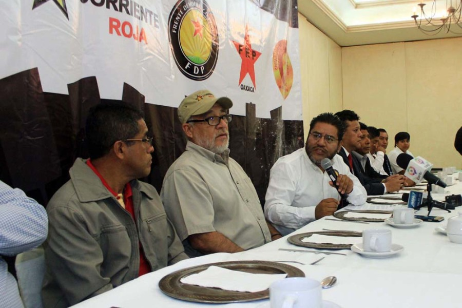 """Conforman organizaciones el frente """"Hacia la construcción de un gran movimiento social"""""""