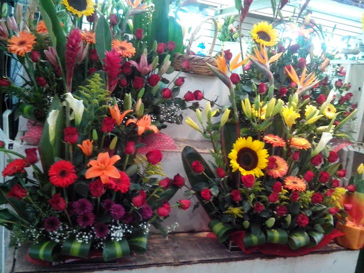 Comerciantes De Arreglos Florales Esperan Repunte De Ventas