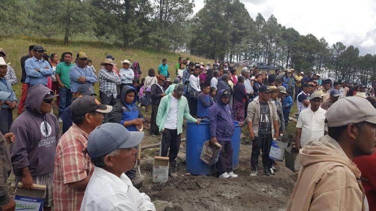 Sepultaron a las 6 víctimas de emboscada en la Mixteca – Diario Marca e3281476e12