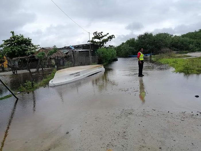 Diversas comunidades del Istmo fueron afectadas por el paso del ciclón tropical potencial 17-E