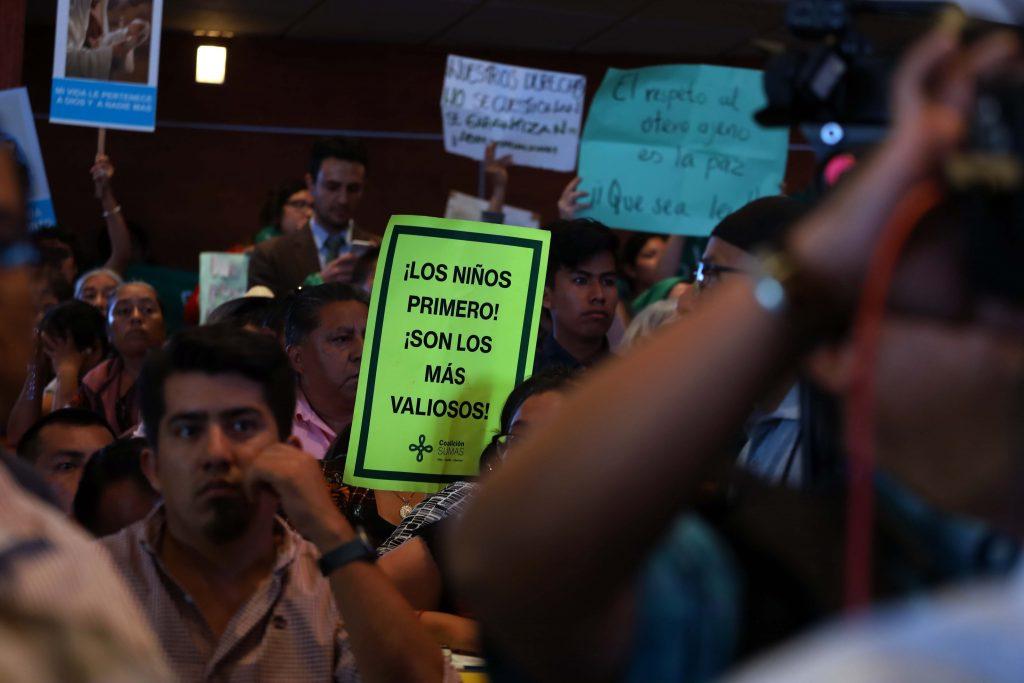 Previo a la despenalización del aborto en Oaxaca, un grupo de personas protestaron en contra de esta propuesta de reforma 25/septiembre/2019