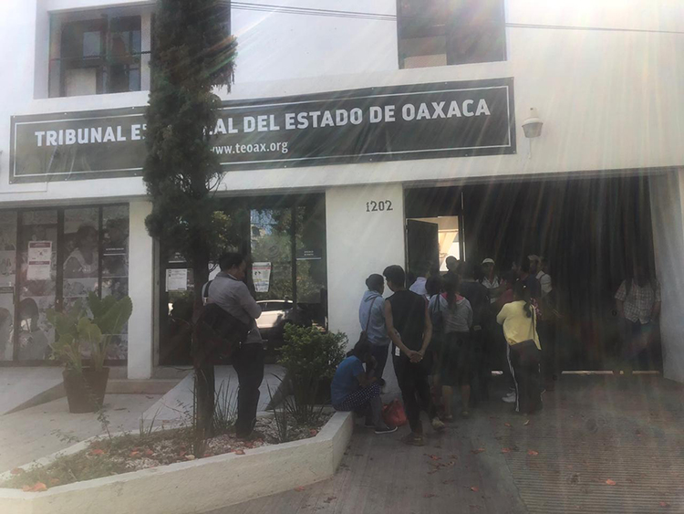 Piden revocar elección en San Pablo Coatlán