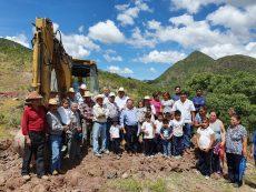 Arrancan trabajos de obra de almacenamiento de agua en agencia El Espina