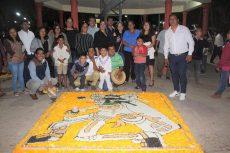 Organizó el ayuntamiento cuicateco concurso de tapetes por Día de Muertos