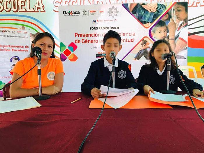 Realiza IEEPO primer foro radiofónico para prevenir violencia de género