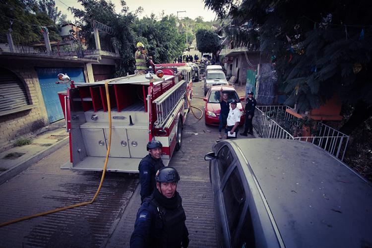 El Heroico Cuerpo de Bomberos de Oaxaca atendió el lugar de la explosión