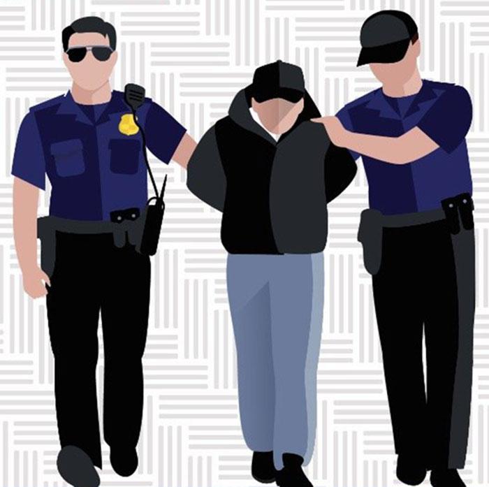 Vinculan a proceso a trabajador del IEEPO por el delito de tráfico de plazas