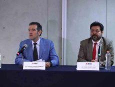 """Ante recorte, INE advierte que podría entrar a """"zona de riesgo"""""""