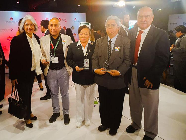 Hospital rural en Villa Alta gana premio por difundir la importancia de la vacunación
