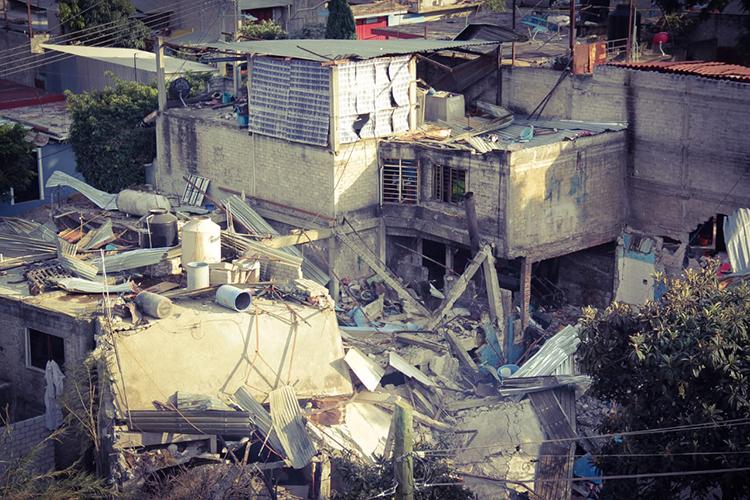 Pánico por explosión en panadería en Oaxaca