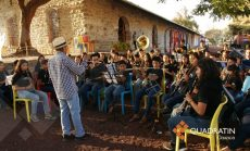Apoya banda de Cacaotepec a músicos de Ayutla