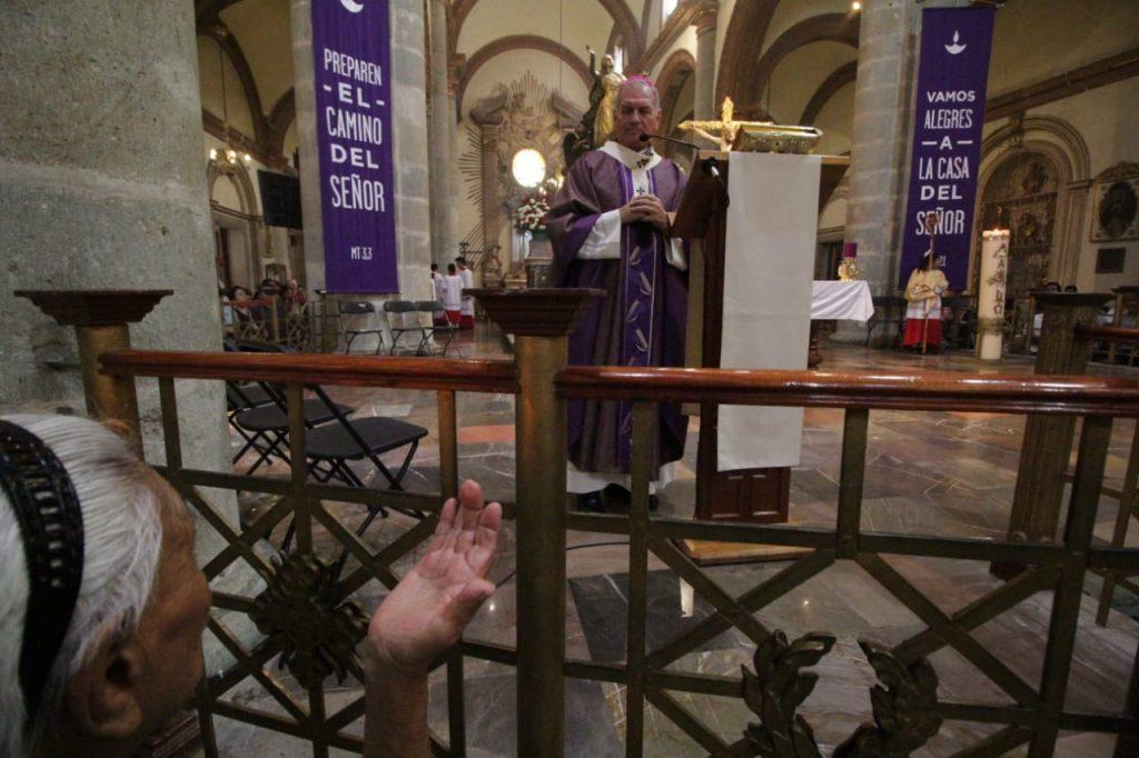Pesro Vázquez Villalobos, arzobispo de Oaxaca