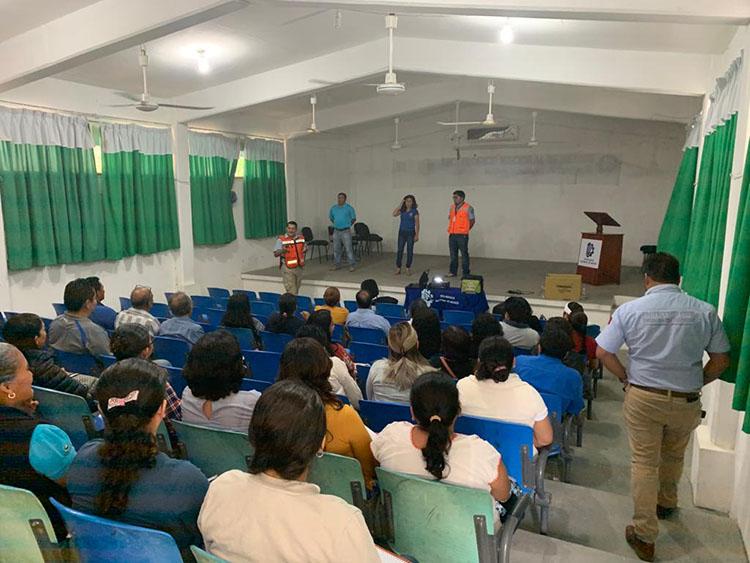 Reanudan clases en Comitancillo tras suspensión por sismo: IEEPO