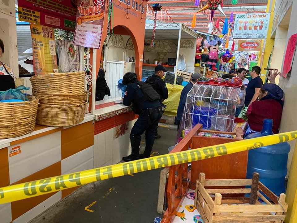 Asesinan a comerciante en el mercado de la Merced