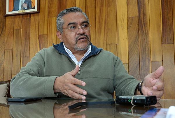 Analizan origen de enjambre sísmico en michoacán