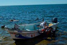 Hallan con vida a 4 de 6 pescadores extraviados en el Istmo
