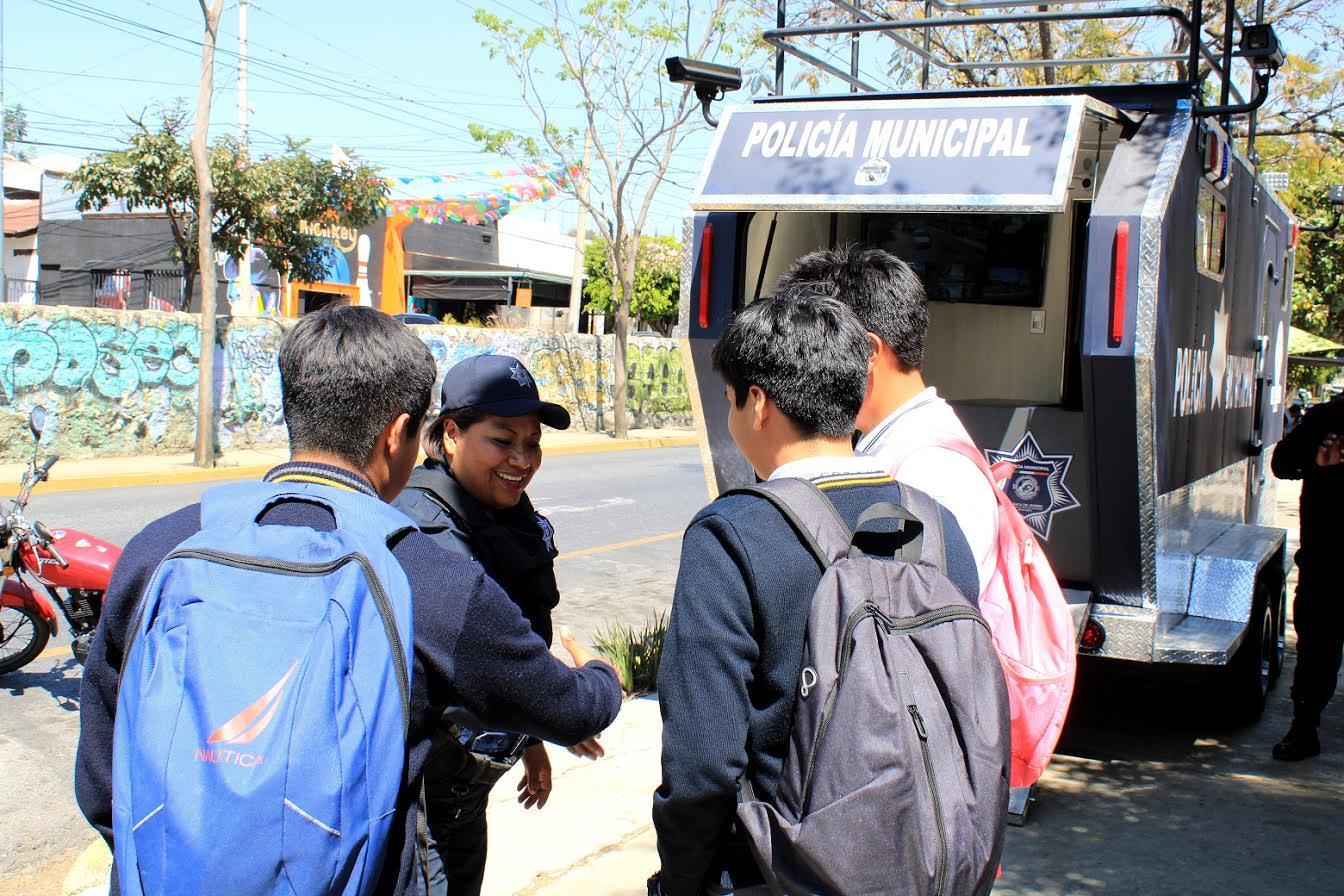 Fortalecen seguridad en corredor escolar de la zona norte