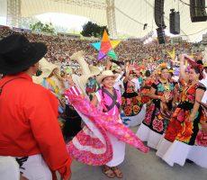 Buscan 85 delegaciones participar en la Guelaguetza 2020