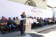 """En Guelatao Inaugura director del IEEPO encuentro Deportivo y Cultural """"Benito Juárez"""""""