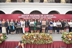 Reconoce Oswaldo García Jarquín a mujeres que son orgullo oaxaqueño