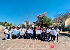 Piden universitarios alto a la huelga en la UABJO