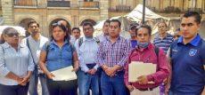 Meseros piden apoyo ante suspensión de eventos sociales