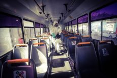 Sanitizan 484 autobuses del transporte público en Oaxaca