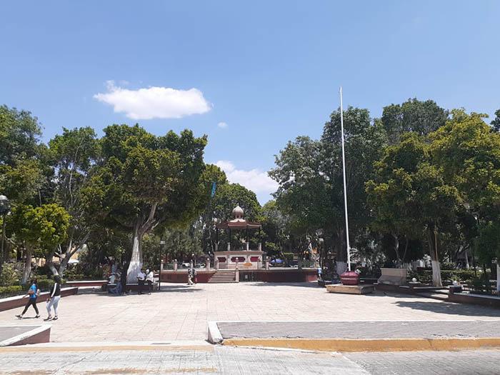 Clausura Ayuntamiento de Huajuapan parque Independencia por Covid-19