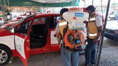 Semovi reitera que los concesionarios del servicio público tienen la responsabilidad de limpiar constantemente sus taxis.