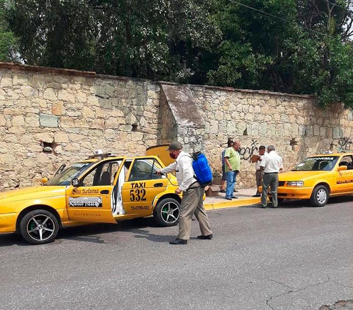 Mantienen sanitización del transporte público en Oaxaca