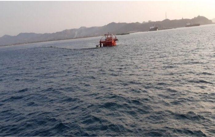 Descarta Pemex derrame de aceite en Salina Cruz; se trata de 'marea roja'